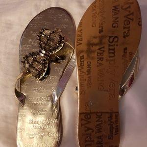 Size 7-8 Vera Wang Sandals
